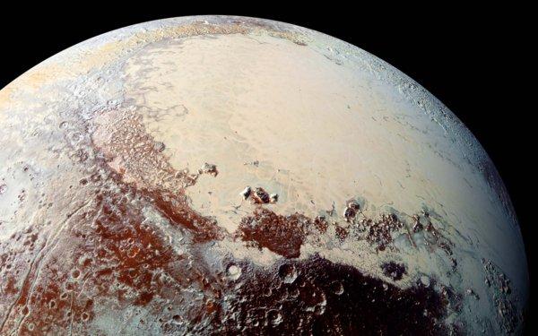 На Плутоне обнаружены «дюны» из метанового песка