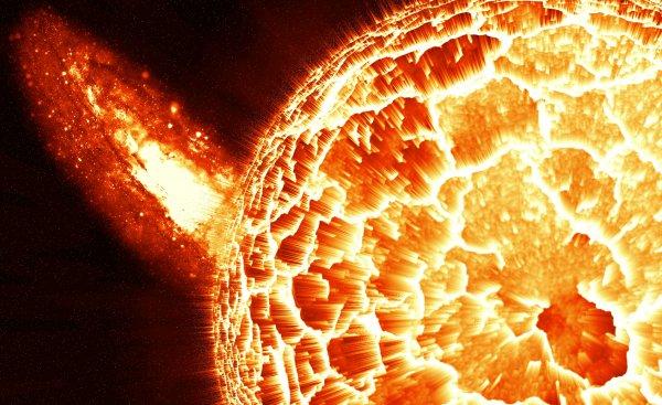 Ученые: Солнечные взрывы провоцируют исходящие с небес послания пришельцев