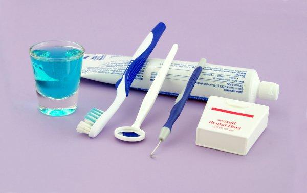 Медики: Жидкости для полоскания рта вызывают кариес
