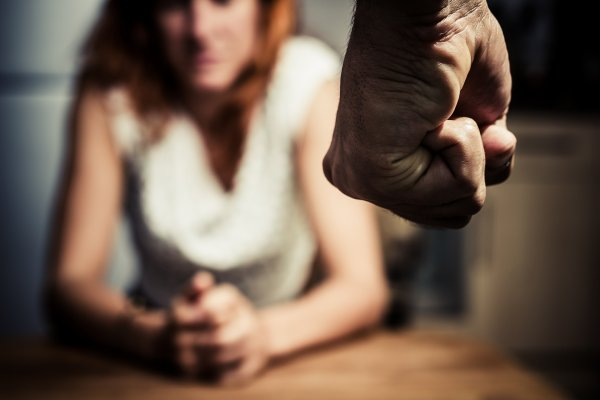 Ученые рассказали о связи домашнего насилия и матчей сборной Англии по футболу