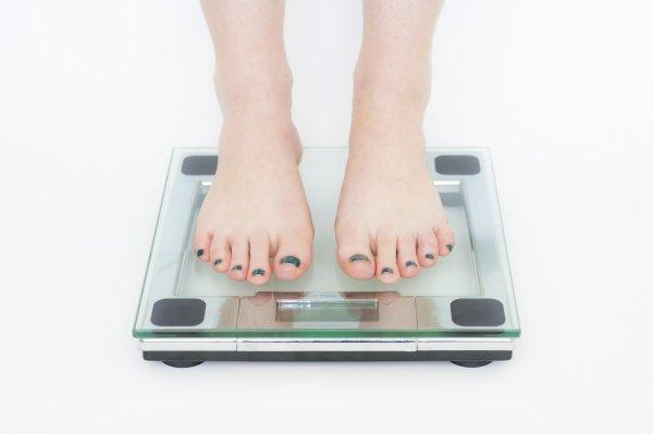 Диетолог объяснил феномен мышления худеющих людей