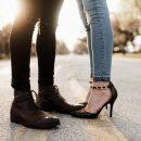 Кроссовки и туфли на каблуках учёные признали самой вредной обувью