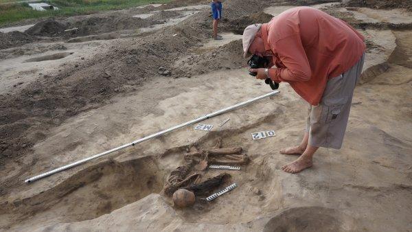 В Крыму археологи обнаружили нетронутый скифский некрополь