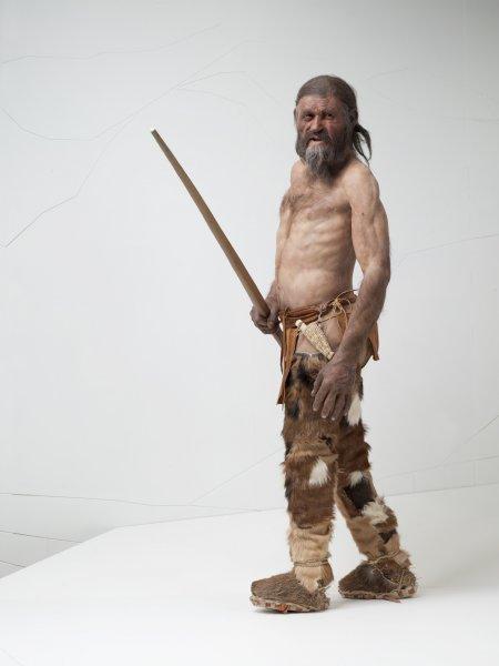 Ученые: Ледяной человек Отци перед смертью наточил орудия для убийств