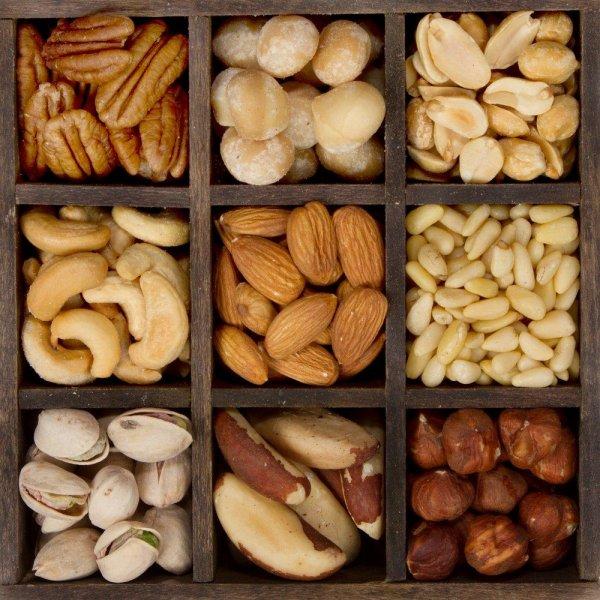 Ученые выяснили, что орехи лечат бесплодие у мужчин