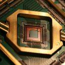 Австралийские ученые смогли создать «рацию» для квантовых чипов