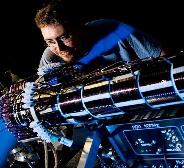 Google выпустила самый быстрый квантовый компьютер в мире