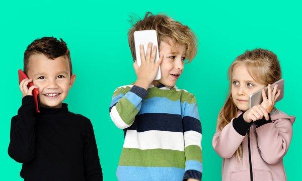 Ученые: Смартфоны разрушают память у детей