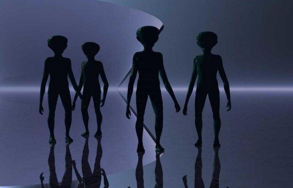 Эксперты: Тайное правительство мешает землянам доминировать во Вселенной