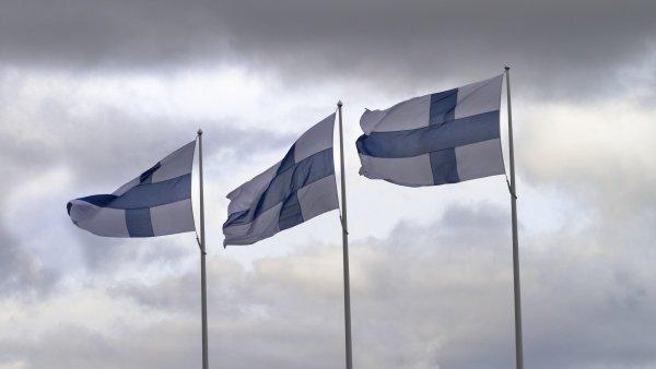 Ученые: Жители Финляндии и Норвегии не такие счастливые, как считается