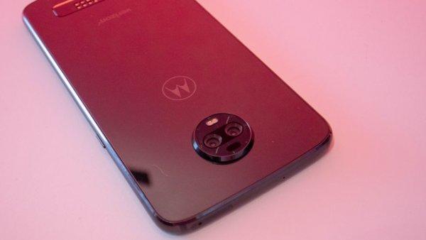 Инсайдеры заявляют, что Moto Z4 будет иметь новейший чипсет и подэкранный сканер