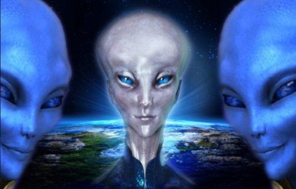 Уфолог: Инопланетяне раскрыли все секреты существования Бога в пророческом письме