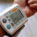 Ученые: Синий свет снижает артериальное давление