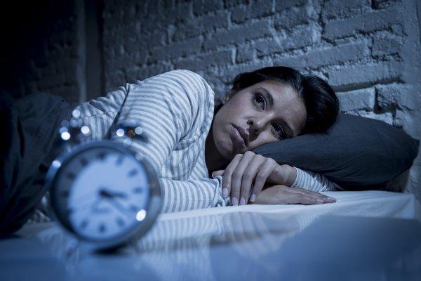 Ученые: Недосып увеличивает чувствительность к боли