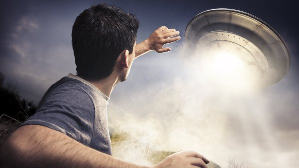 Дар или черная метка: Уфологи рассказали, почему инопланетяне похищают экстрасенсов