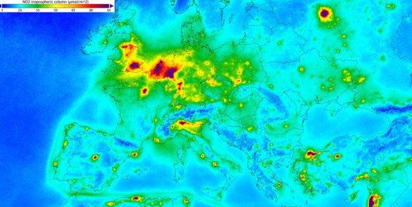 На грани уничтожения: Космонавты ESA показали степень загрязненности Земли