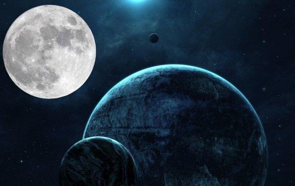 «Нибиру оккупировала Луну»: на кратерах спутника Земли появляются металлические сооружения