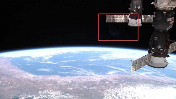 «Нибиру вернулась»: NASA зафиксировало «планету призрак», летящую к Земле  — Роскосмос готовит бронижилетную ткань на МКС