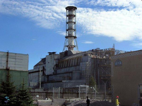 Радиация распространяется через снег и лёд: Появившееся над Чернобылем НЛО предупредило о повторной катастрофе — уфологи