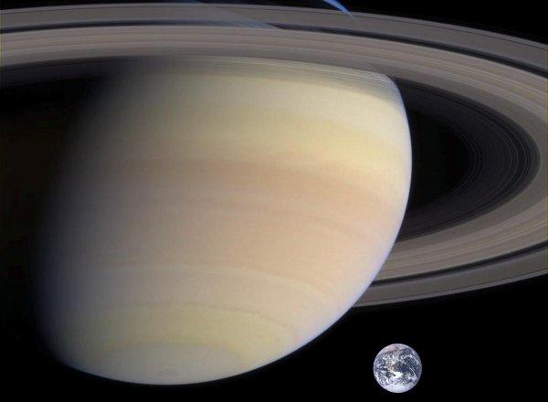 Земля станет решетом: Нибиру начала притягивать к себе спутники других планет