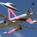 Играют с землянами? НЛО «профилактически» обстреляли Sukhoi Super Jet-100 — уфолог