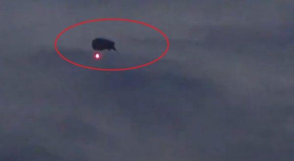Нибиру-удильщик: Над Москвой испытали гипнотическое НЛО