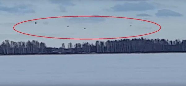Они идут за нами? Очевидец заснял флот кораблей пришельцев над Польшей