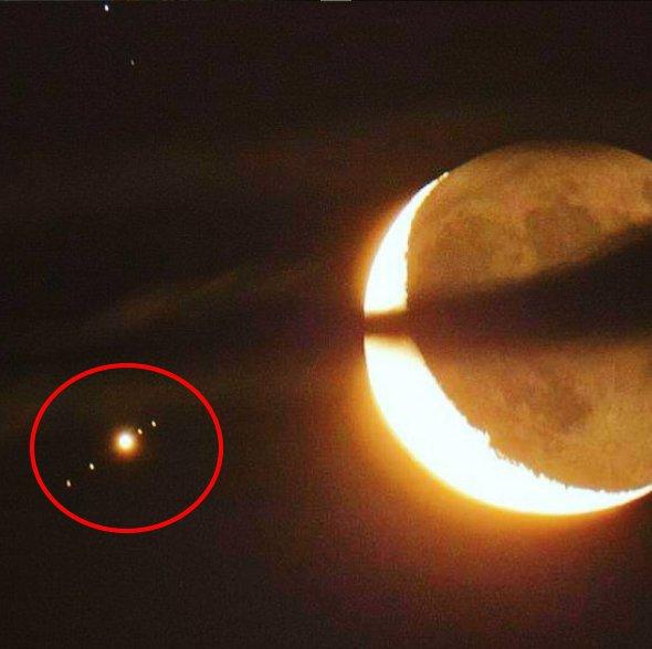 Кокон Нибиру притягивает спутники Юпитера