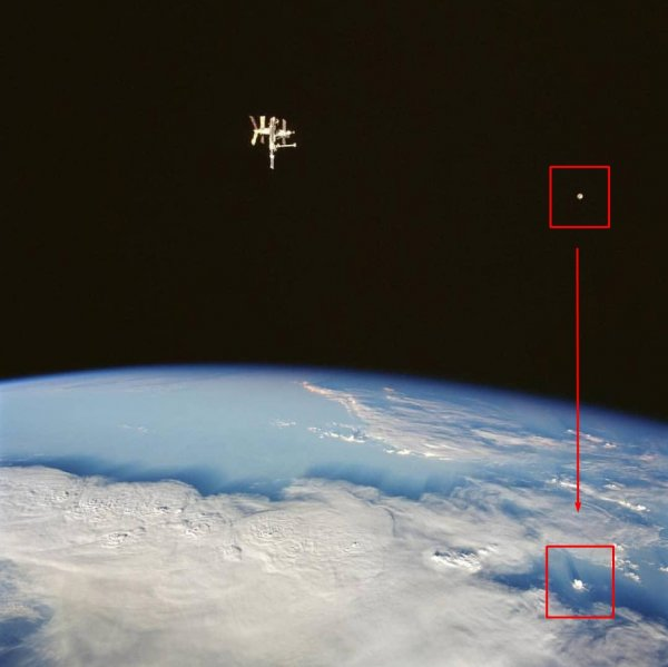Пришельцы-остолопы: НЛО у МКС сбросил бомбу на Россию и промазал