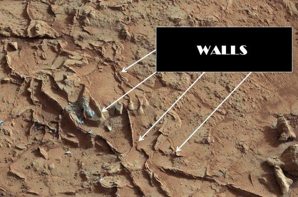Земля в оккупации Нибиру! На Марсе нашли опорный пункт армии пришельцев