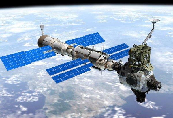 НЛО уничтожил китайскую станцию! Зверское нападение пришельцев попало на камеры