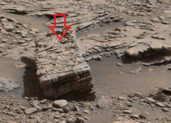Нибиру похищает крымчан: NASA обнаружило на Марсе пропавших в горах грибников