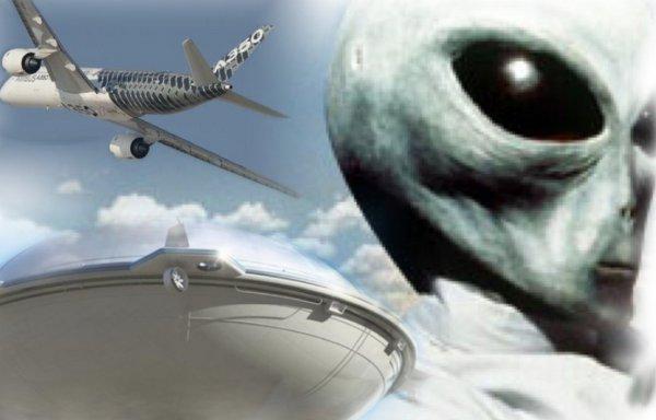 Пытались испортить двигатели: Пилоты засняли на видео пришельцев в Мексике