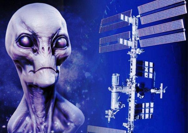 Нибиру кинула NASA: Технологии аннунаков помогут Роскосмосу создать спутники-призраки