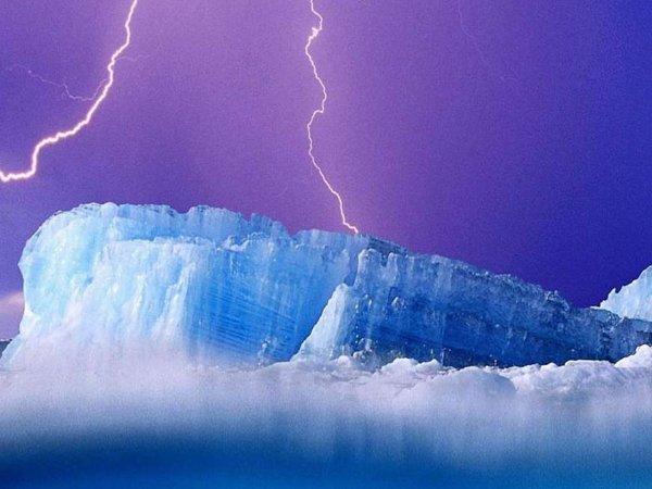 Крипто-пушки пришельцев ударили по Арктике: Нибиру сделает Россию «королевой» Земли к 2030 году