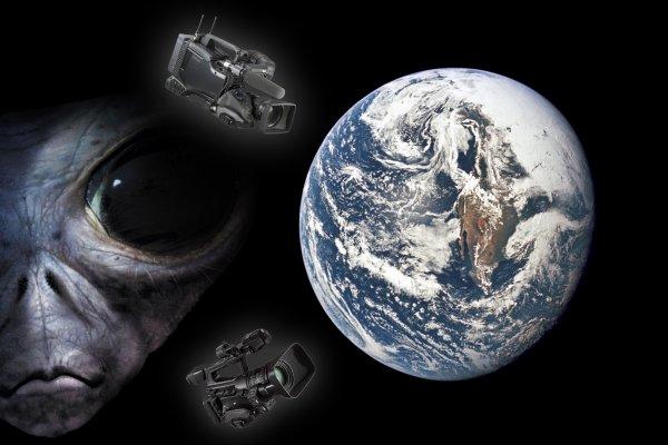 Инопланетная видеоняня: На орбите Земли обнаружили зонды пришельцев