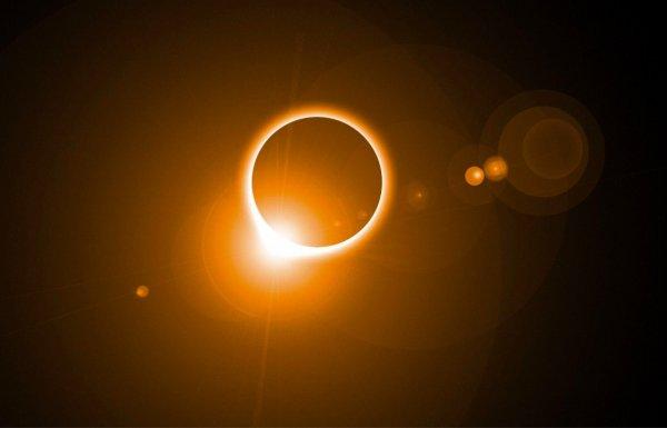 Сатанинский день Лунного календаря. Астролог озвучил прогноз для россиян по Солнечным показателям