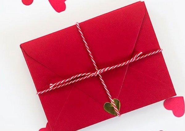 Красный конверт — путь наверх: Ритуал для быстрой карьеры раскрывает фэн-шуй