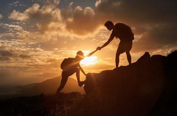 «Понять и простить»: 5 поступков, которые привлекают удачу, назвал экстрасенс