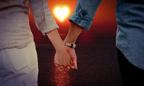 Вернуть мужа в семью: Как приворожить любимого на убывающую Луну