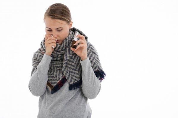 Горло болит — полон обид: Настоящие причины болезней рассказал экстрасенс