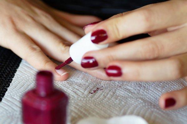 Лак на счастье: Какой узор на ногтях принесёт удачу Зодиакам
