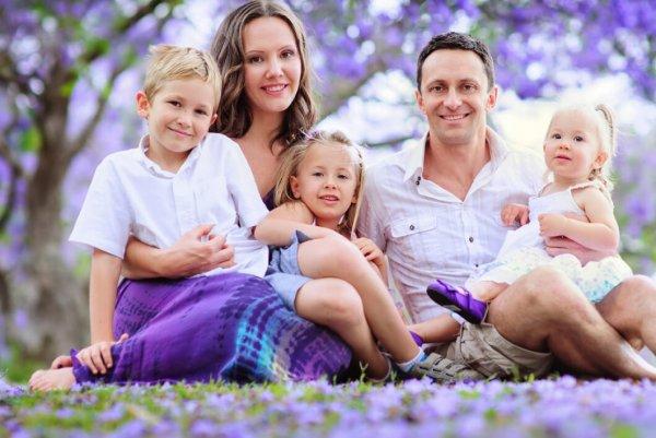 Четыре сыночка и лапочка дочка: Пары каких знаков становятся многодетными