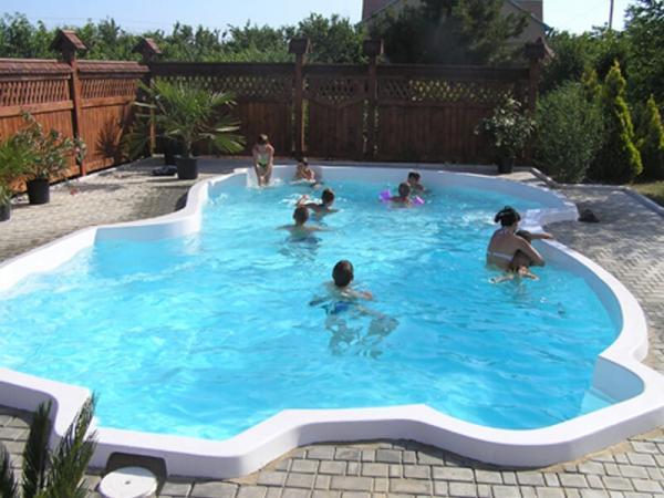 Приемлемые цены за строительство бассейнов в Одессе от интернет-магазина vashbas.com
