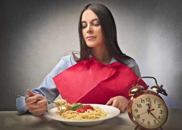 Живот – не мешок: Почему 2 марта нельзя много есть?